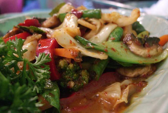 Thai Vegetable Stir Fry Recipe With Garlic, Ginger and Lime. Super yummy coconut milk based sauce!