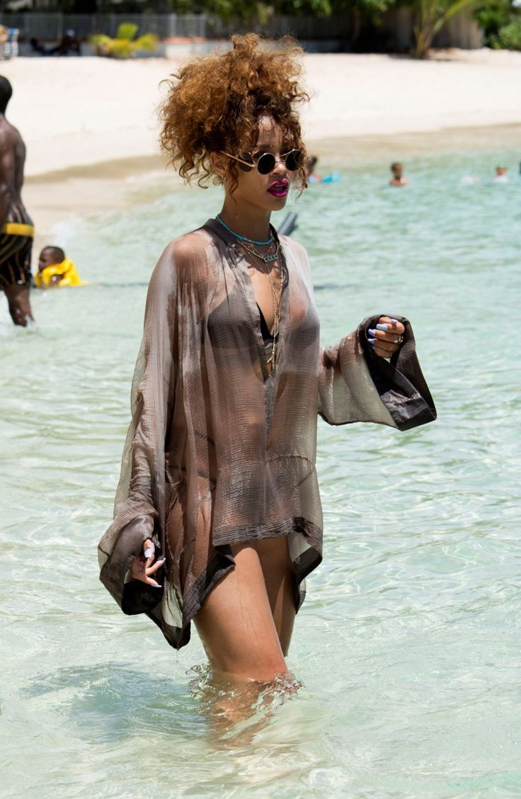 rihannainfinity:  August 9: Rihanna at the beach in Barbados
