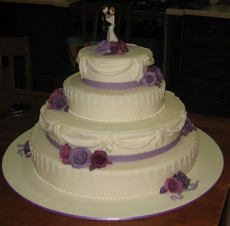 Violet Wedding Cakes | Large White Wedding cake with Purple flowers