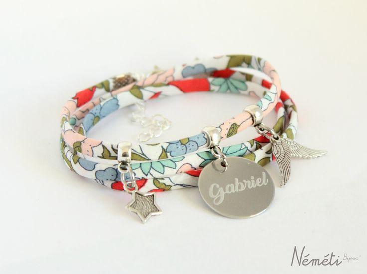 Bracelet liberty multicolore médaille gravée - gravure prénom - bijou personnalisé : Bracelet par nemeti