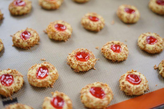 Resep Dan Cara Membuat Strawberry Thumbprint Cookies By Hendraacen Resep Resep Makanan Resep Kue Resep
