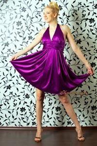Коктейльное платье в стиле мэрилин монро