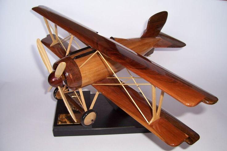SIEMENS-SCHUCKERT Historische Flugzeugmodelle. Holz-Modelle von Militärflugzeugen aus dem Ersten und Zweiten Weltkrie