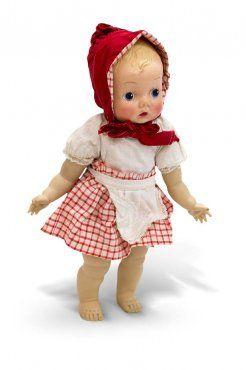 Betty 32 cm også kalt Rødhettedukken. Åsmund S. Lærdal