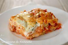 Lasagne di mare, fatte con tanto buon pesce fresco e una gustosa besciamella preparata con il fondo di cottura delle cozze!