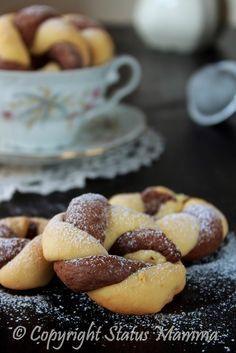Biscotti bicolore con lievito madre pasta madre ricetta facile con esubero per bambini colazione merenda facile veloce golosa Statusmamma gialloblogs