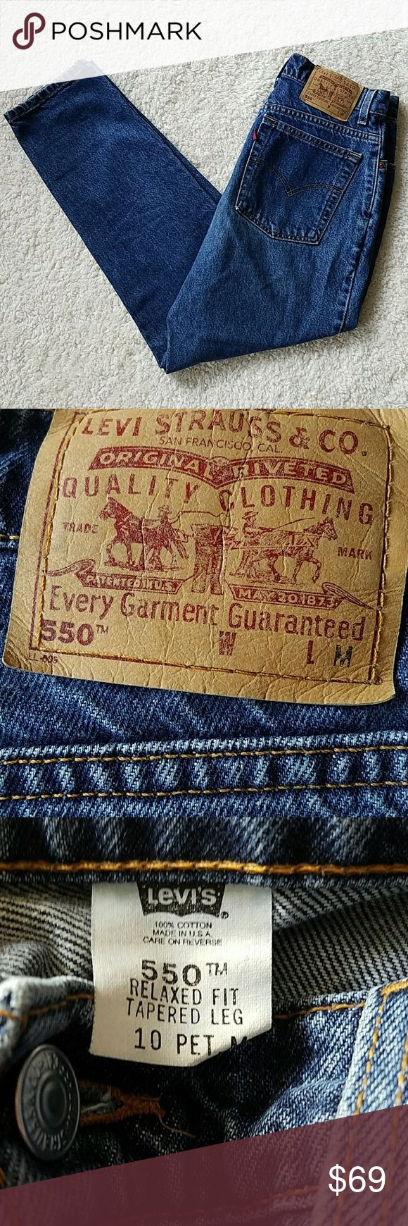 LEVI'S 550 BLUE JEANS LEVI 550 BLUE JEANS  TAGGED:10 PETITE~TAPERED LEG MEASURED: W28 L28 RISE:11 1/2HIPS:38 Levi's Jeans Straight Leg
