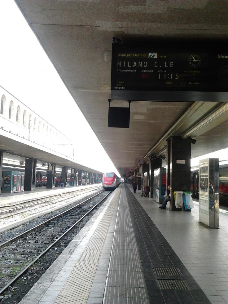 un augurio speciale: che certi treni non si fermino mai — con Antonio Anastasio