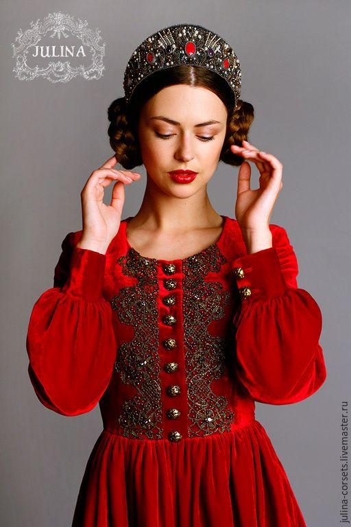 """Купить Платье шелковое бархатное """"Queen"""" - ярко-красный, красное платье, средневековье, красота, роскошь"""