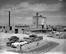 Day and Campbell factory, Wellington Street, September 1955