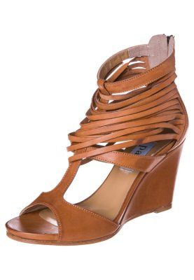 Apair High Heel Sandalette cuero