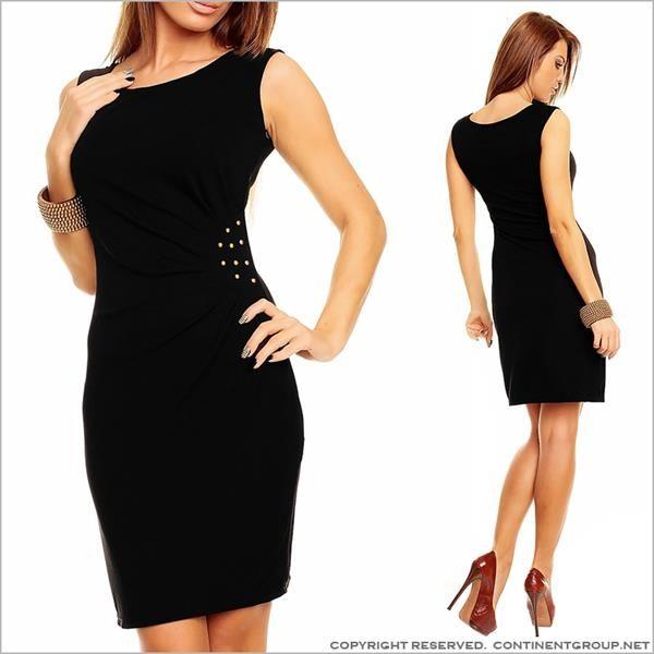 Черное платье с шипами сбоку