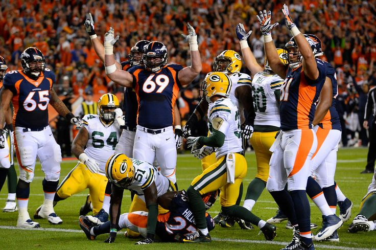 . Ronnie Hillman (23) of the Denver Broncos scores the Broncos first touchdown of the game in the first quarter.  The Denver Broncos played the Green Bay Packers at Sports Authority Field at Mile High in Denver, CO on November 1, 2015. (Photo by Helen H. Richardson/The Denver Post)