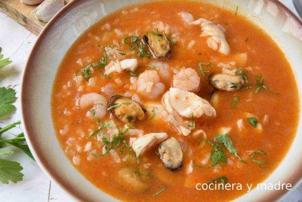 Sopa De Pescado Casera Y Fácil Cocinera Y Madre Sopa De Pescado Facil Sopa De Mariscos Receta Recetas De Sopa De Pescado