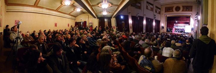 21 de enero de 2012: Tercer acto en una semana. En esta ocasión, el salón de actos del Instituto Lope de Vega, de Madrid, también registra un lleno completo...
