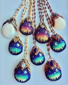 55 отметок «Нравится», 1 комментариев — Dina Abdallah (@dinaabdallah_art) в Instagram: «#seashellart#handmade#seashells#realshells»