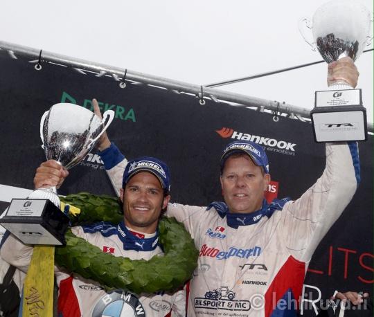 18 August: Prince Carl Philip and Jan Flash Nilsson won their class at the TT races at Gelleråsen Karlskoga.