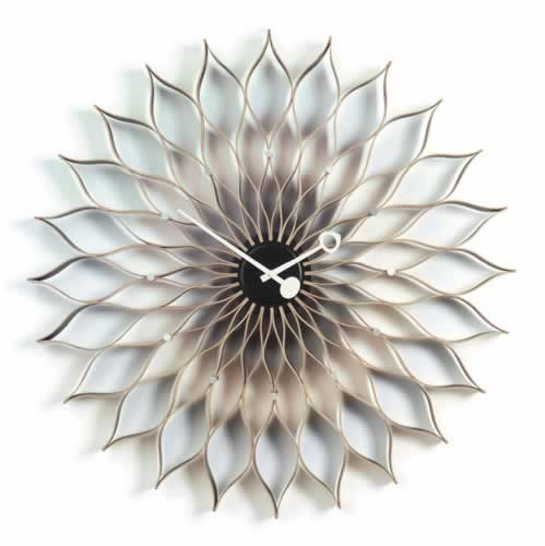 Sunflower Clock designed by George Nelson 1958 - Vitra. Toilet paper rolls DIY?