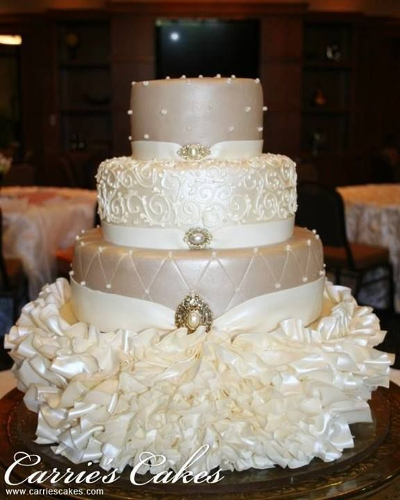 Beautiful weddings cakes and traditional African weddings cakes....  #wedding #party #weddingparty #TagsForLikes #celebration #bride #groom #bridesmaids #zabbadesigns #africantrends #africanfashion  Www.etsy.com/shop/zabbadesigns