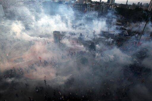 """""""Up Date from Taksim  GlobalRevLive Streamer reports. Immediately before the last teargas attack all 3g service was cut at once. This was the second time that ALL cell phone services were jammed immediately before an attack on Taksim today."""" From Revolution News FB"""