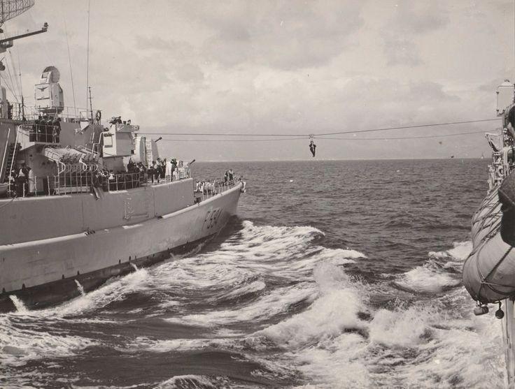 Ministero Difesa Marina Militare esercitazione seggiovia  foto originale L5460