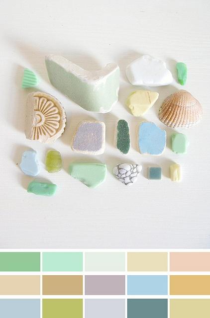 colour palette : beach debris