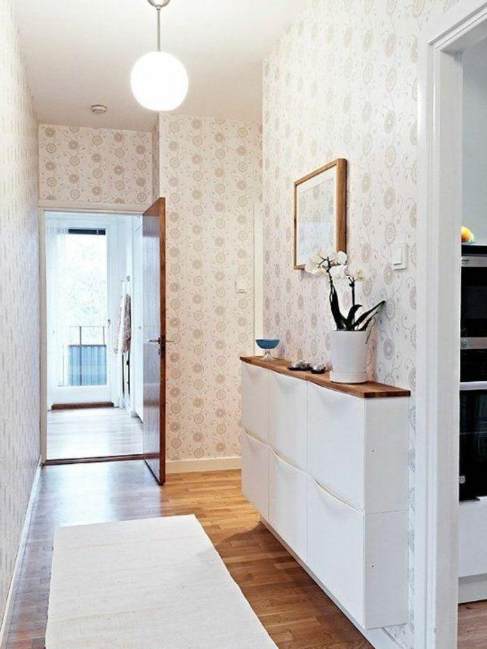 meubles à chaussures blancs pour le couloir élégant