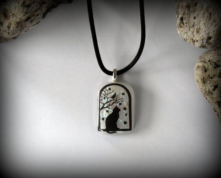 Dichroic glashanger met decal poes / kat - glasjuweel / opaal wit door Evacreajewel op Etsy