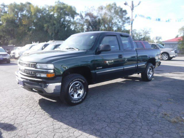 Cars for Sale: Used 2001 Chevrolet Silverado and other C/K1500 4x4 Extended Cab for sale in Winchester, VA 22603: Truck Details - 442556801 - Autotrader