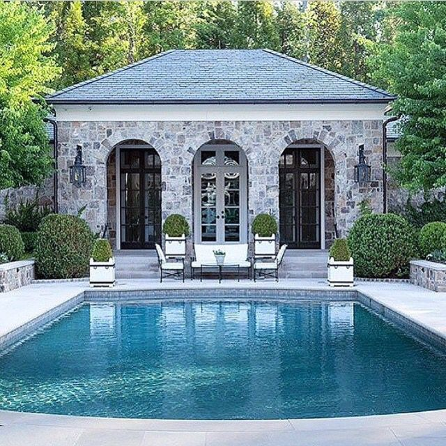 Pool house in stone | pools | stunning pools | poolside | pool décor | pool design