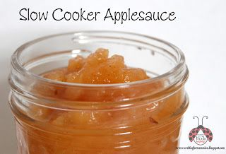 Toddler Friendly Slow Cooker Applesauce - Going Green with the Grizls