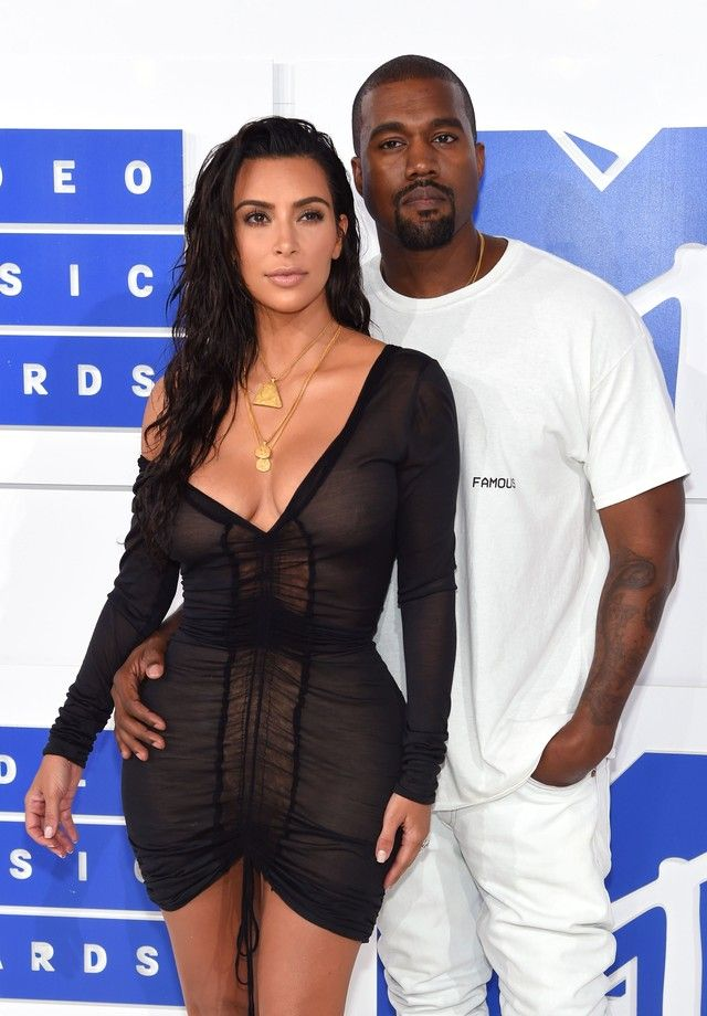 Kanye West recebe alta de hospital Psiquiátrico https://angorussia.com/entretenimento/famosos-celebridades/kanye-west-recebe-alta-hospital-psiquiatrico/
