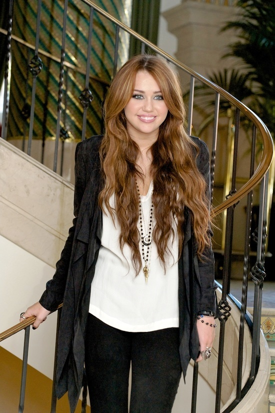 Miley Cyrus... the singer....when in great mood can not stop posing for her fans