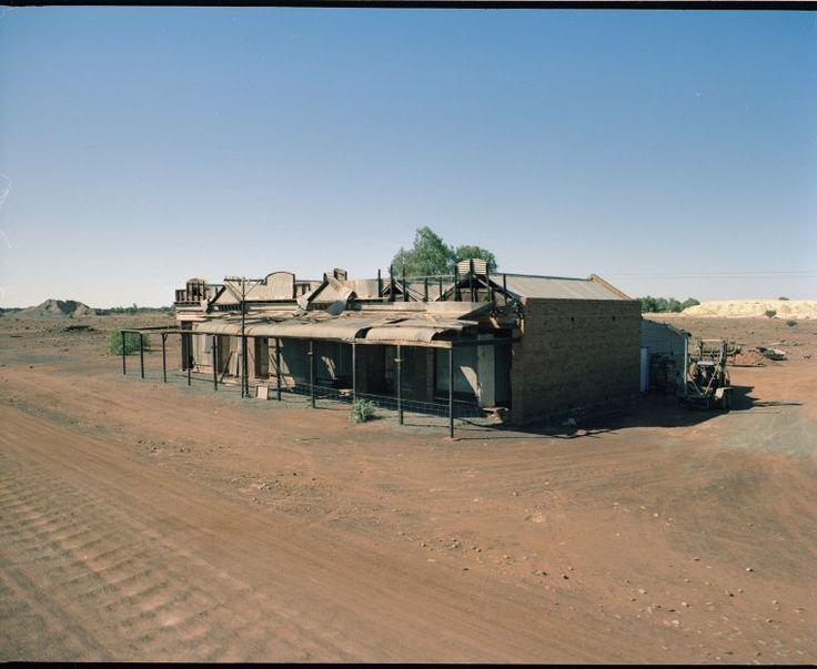 320798PD: Old shops, Kookynie, 1983 http://encore.slwa.wa.gov.au/iii/encore/record/C__Rb3033291?lang=eng