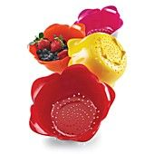 "Zak Designs Inc. ""Rose"" Colanders ~ Bloomingdale's $8.99"