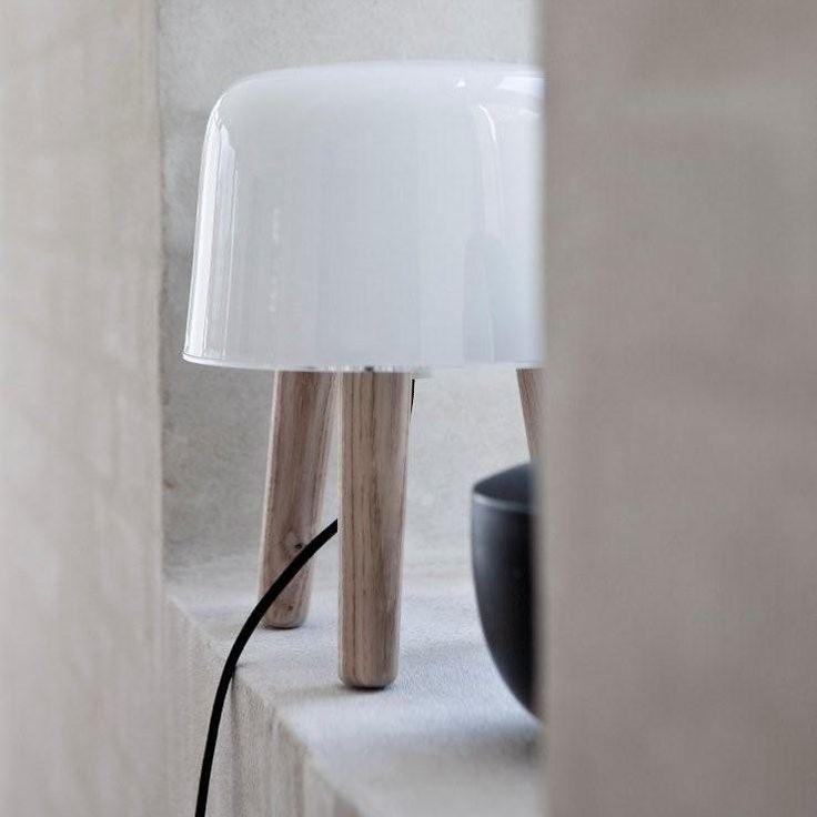 &tradition Milk NA1 Tischleuchte Lamp