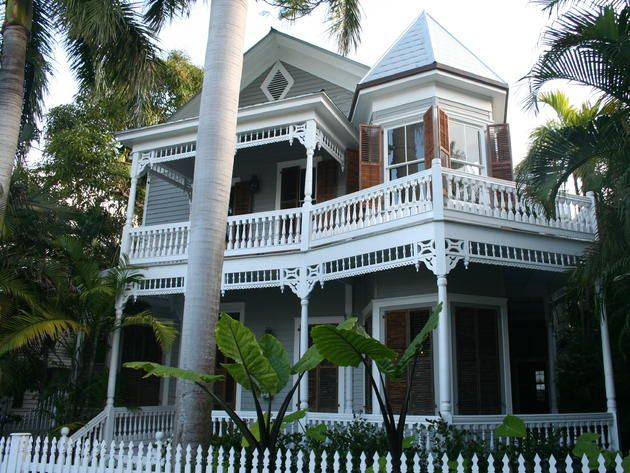 Key West Queen Anne House This home is an example of the Victorian  architecture known as. 44 best QUEEN ANN STYLE images on Pinterest   Queen anne houses