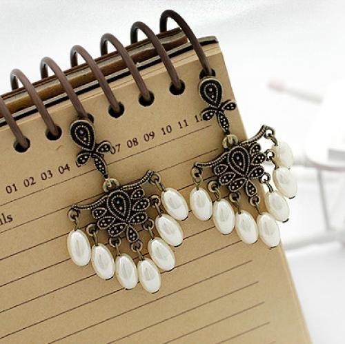 Vintage Flower Pearl Drop Earrings