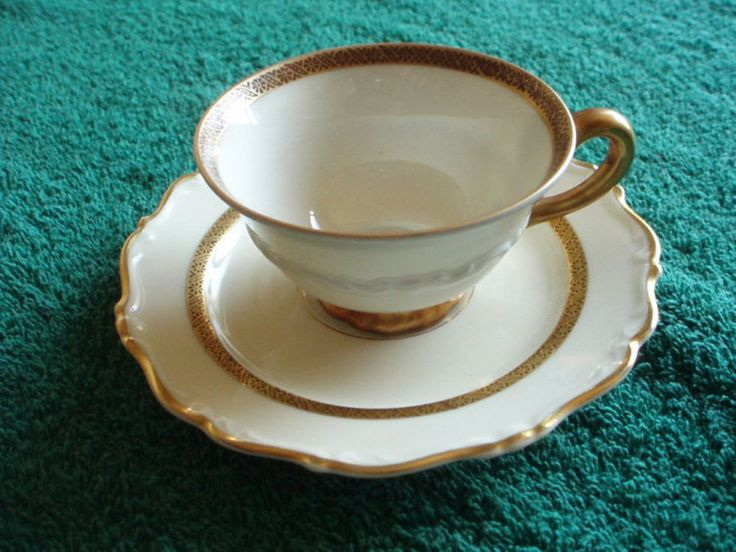 KARLSKRONA SWEDEN IVORY CHINA WHITE/GOLD MOKKA CUP AND SAUCER