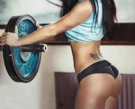 Cellulite On The Buttocks   5 Exercises To Get Rid Of It - FitnAss