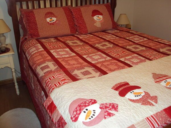 I wish I could find the pattern for the snowmen. Love this quilt!!!