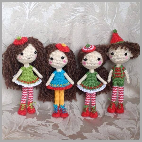 Crocheted dolls      Christmas fun - Her dolls are the cutest crochet dolls I have ever seen. Great inspiration.