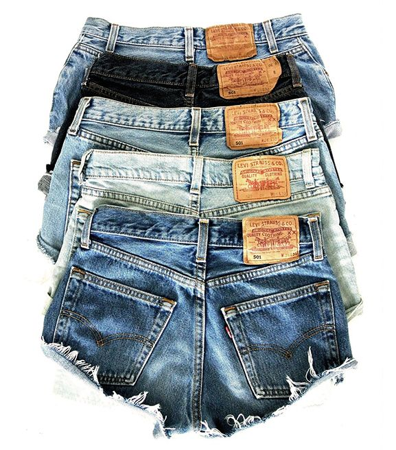 Levi's CEO weighs in on how frequently you should wash your jeans. // #jeans #fashionnews #style