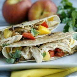 Chicken and Peach Quesadillas: Healthy Eating Yummo, Chicken Recipes, Yummy Recipes, Yummy Food, Calories Eating, Posts, Healthy Food, Peaches Quesadillas, Healthy Chicken