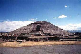 Pirámide Teotihuacan. Arte Azteca