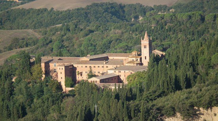 Monte Oliveto Maggiore, Tuscany