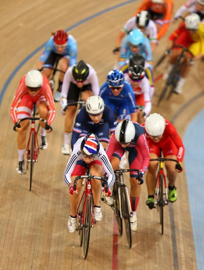 Laura Trott (Great BRitain) at the head of the omnium points race (Getty Images Sport)