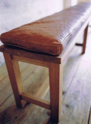 ダイニングの最低限片側はベンチにしたい。きゅっと座れるように  TRUCK|120. OAK SR BENCH  W1750 D290 H440mm