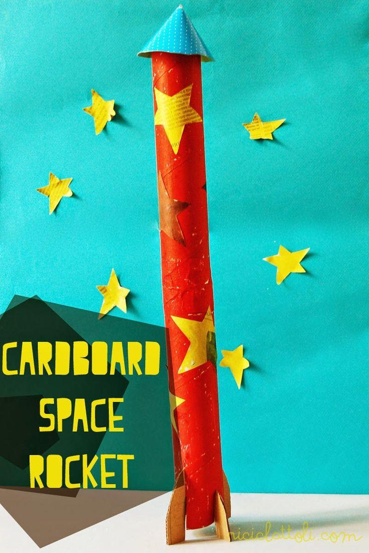 Riciclattoli (e dintorni...): Il razzo spaziale di cartone riciclato