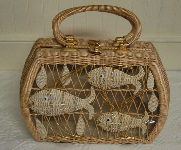 RARE Vintage Marcus Brothers Original Wicker Fish Purse Clear Plastic Cover
